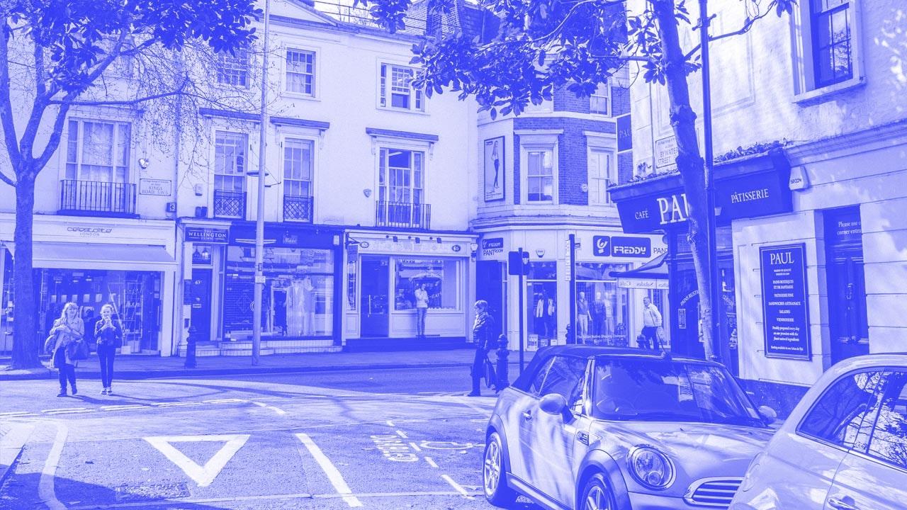 uk_highstreet_town