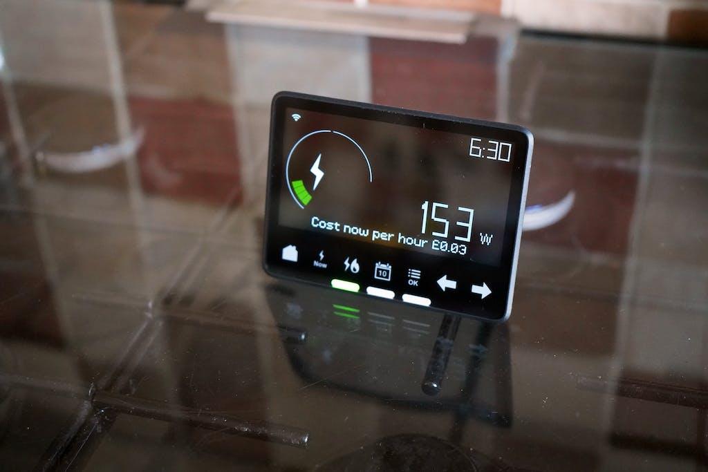 Smart meter energy-saving gadget
