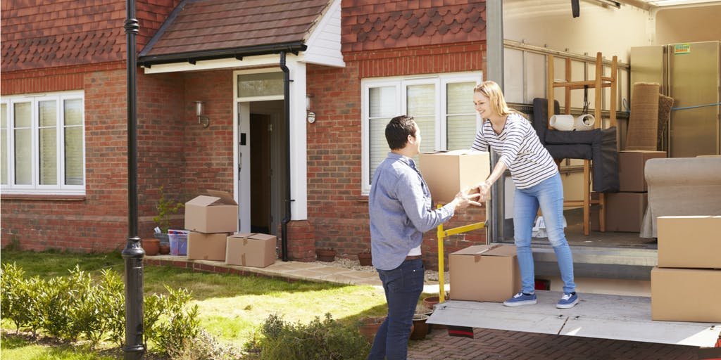 couple moving house 2