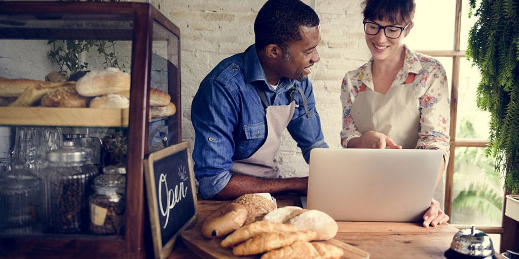 Couple partnership the bakehouse with e-busness online
